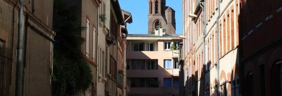 Une petite rue dans Toulouse
