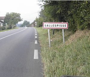 Parmi les noms de villes les plus drôles, Salespisse