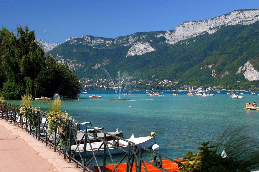 Paysage du lac d'Annecy